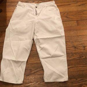 Cherokee Pants - Cherokee white capris